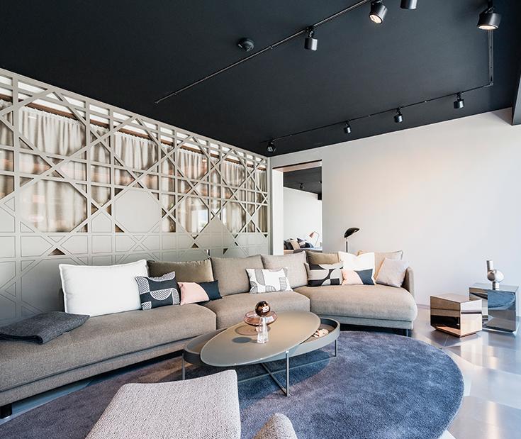 Showroom-3.jpg